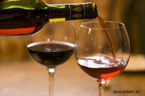Tác dụng tuyệt vời của rượu vang đỏ