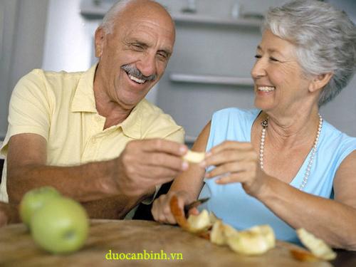 Chế độ dinh dưỡng ở người cao tuổi